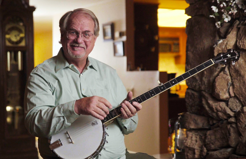 Greg Deering with a banjo